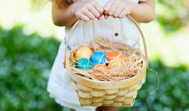 Find all the eggs on an Easter egg hunt with Poundstretcher's Cadbury Creme Eggs