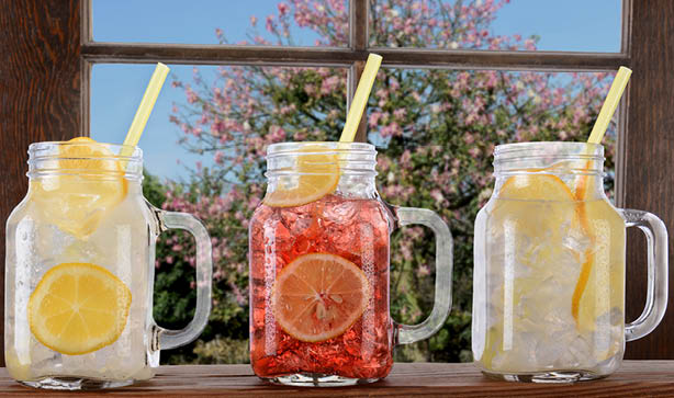 Mason jar cocktails, mocktails and drinks