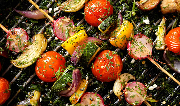 Even vegetarians and vegans can enjoy a gorgeous summer BBQ with these veggie kebabs!