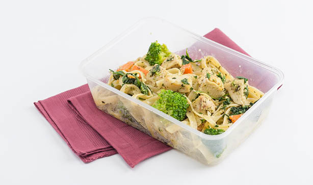 A healthy back to school lunch idea of leftover pasta