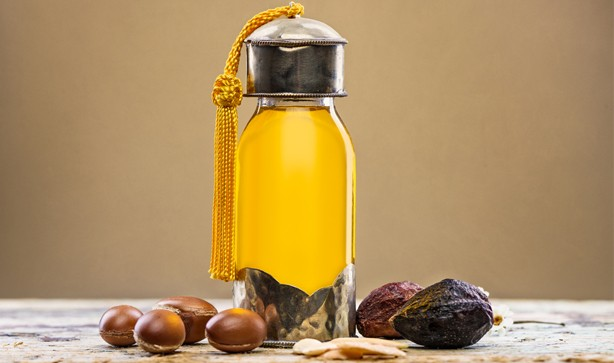 614x363 argan oil bottle